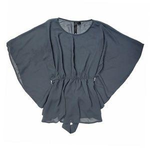 PETTICOAT ALLEY - batwing tie back top